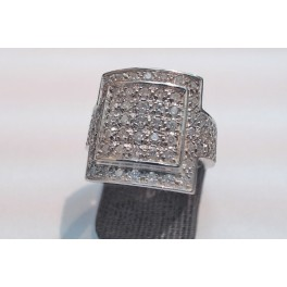 Bague en OR Blanc et Diamants
