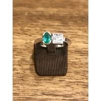 Bague bicolore avec Diamant et Emeraude